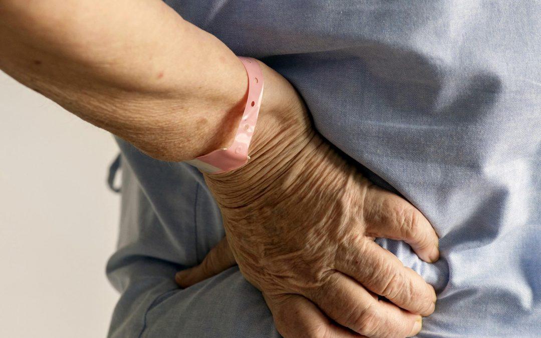 Si eres mujer y mayor de 60 años, cuidado: tienes más probabilidades de sufrir dolor crónico
